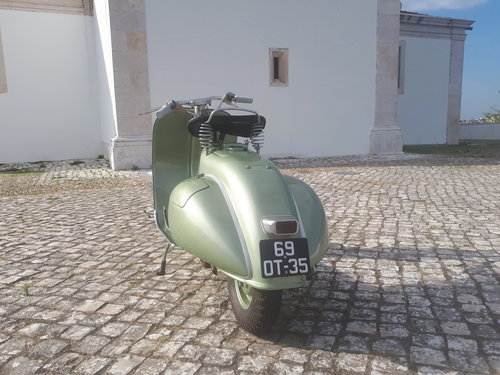 1951 Vespa VM1T Faro basso in very good condition For Sale (picture 3 of 5)