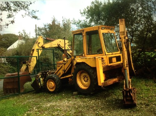 Ford 550 digger For Sale (picture 1 of 2)