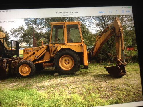 Ford 550 digger For Sale (picture 2 of 2)