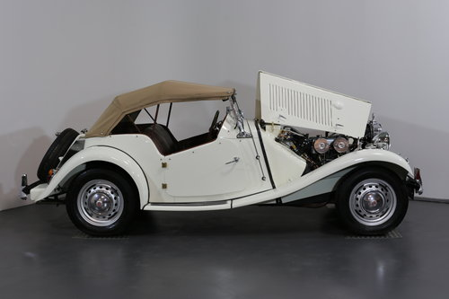 Delightful and now rare 1952 MG TD/C (competition) 57 bhp SOLD (picture 3 of 6)