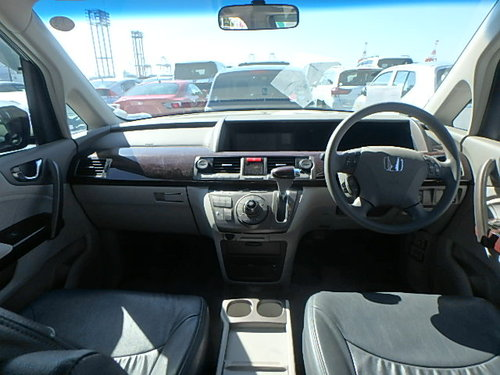 2004 Honda Elysion 3.0 Japanese Import For Sale (picture 5 of 5)