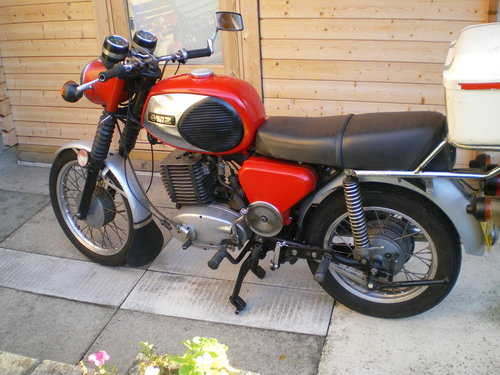 1977 MZ TS 250cc TS 125 TS 250 Supa 5,  MZ  250 ETZ Spares       For Sale (picture 1 of 6)