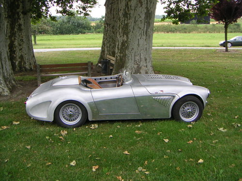 Austin Healey with fantastic, hand made alluminum body SOLD (picture 1 of 6)