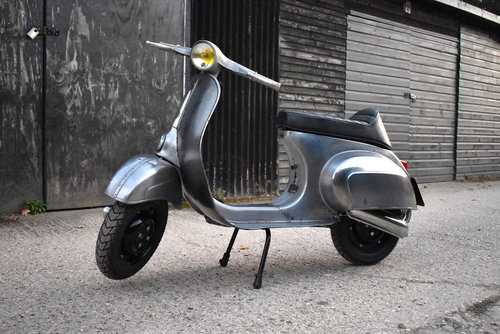 1981 VESPA 100 Smallframe DR130cc Engine FULLY RESTORED For Sale (picture 2 of 6)