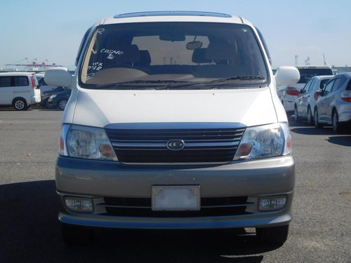 2001 Toyota Granvia Q - Twin Side Doors, Ultra Low Mileage SOLD (picture 2 of 6)