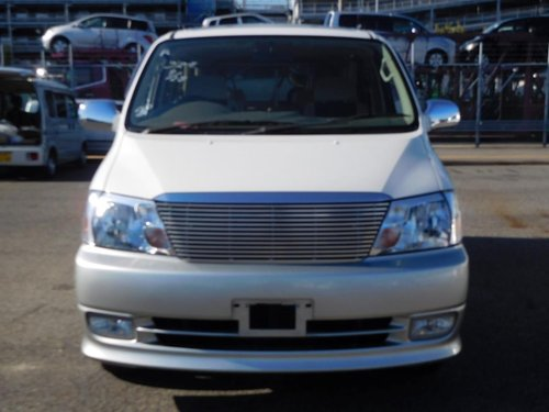 2000 Toyota Granvia G Cruising Selection - Ultra Low Mileage SOLD (picture 2 of 6)