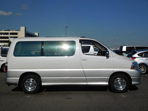 2000 Toyota Granvia G Cruising Selection - Ultra Low Mileage SOLD (picture 4 of 6)