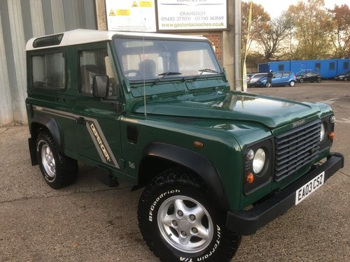 LAND ROVER 90 TD5 GENUINE STATION WAGON For Sale (picture 1 of 6)