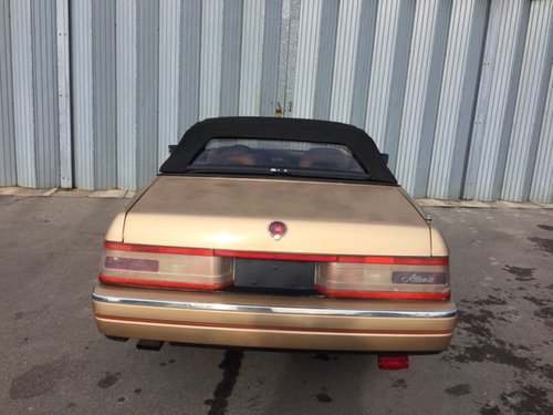 CADILAC  ALLANTE  2 SEATER CONVERTIBLE SPARES OR REPAIR For Sale (picture 3 of 5)