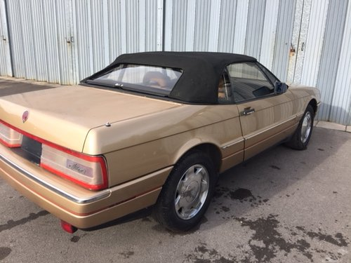 CADILAC  ALLANTE  2 SEATER CONVERTIBLE SPARES OR REPAIR For Sale (picture 5 of 5)