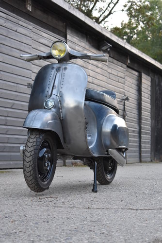 1981 VESPA 100 Smallframe DR130cc Engine FULLY RESTORED For Sale (picture 6 of 6)