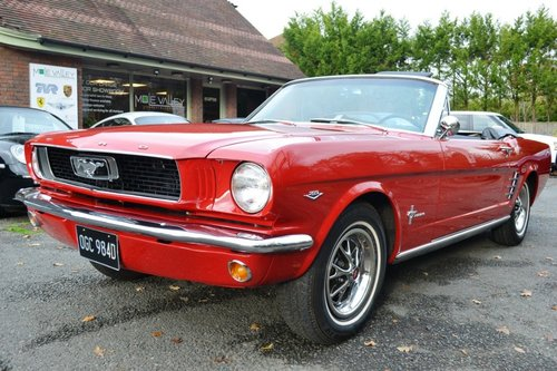 1966 Ford Mustang Convertible 289 V8 For Sale (picture 2 of 6)