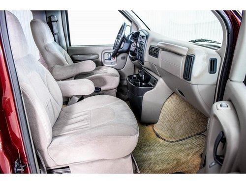 2000 GMC 3500 Savana 5.7 V8 Campervan Regency For Sale (picture 4 of 6)