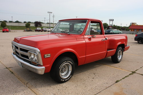 Extremley Clean, No rust, Great Build! 1970 GMC C15 Shortbox For Sale (picture 2 of 6)