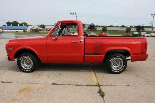 Extremley Clean, No rust, Great Build! 1970 GMC C15 Shortbox For Sale (picture 4 of 6)