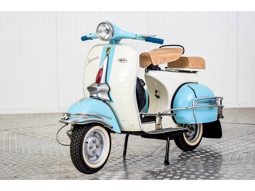 1961 Vespa 150 For Sale (picture 1 of 6)