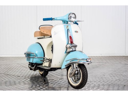 1961 Vespa 150 For Sale (picture 4 of 6)