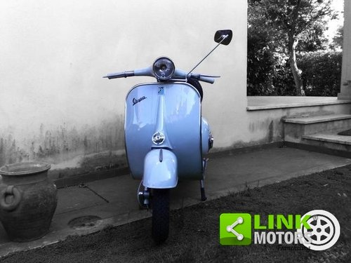1964 Piaggio Vespa 125 VNB del 1963, Completamente restaurata For Sale (picture 2 of 6)