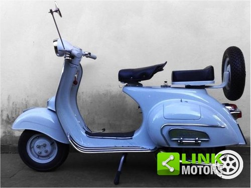 1964 Piaggio Vespa 125 VNB del 1963, Completamente restaurata For Sale (picture 4 of 6)