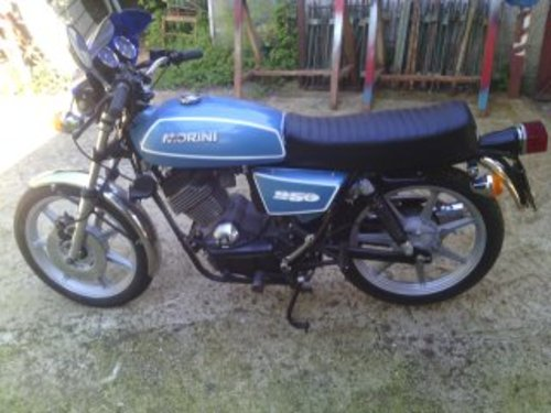 MOTO MORINI 250 CC TURISMO YEAR 1979 For Sale (picture 1 of 3)