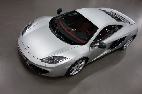 2012 McLaren MP-4 12C For Sale (picture 2 of 6)