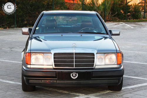 Mercedes Benz 300 Ce 24V. 1990 For Sale (picture 1 of 6)