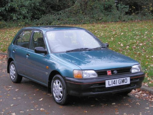 1994 Toyota Starlet 1.3 GLi.. Only 41,000 Miles.. 5 Dr Hatchback SOLD (picture 2 of 6)