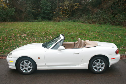 1998 Mazda Roadster 1.8i 6 Speed.. Rare VS Spec.. Immaculate SOLD (picture 1 of 6)