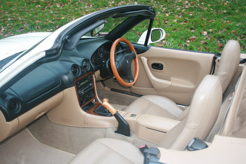 1998 Mazda Roadster 1.8i 6 Speed.. Rare VS Spec.. Immaculate SOLD (picture 4 of 6)