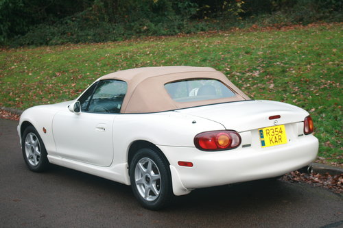 1998 Mazda Roadster 1.8i 6 Speed.. Rare VS Spec.. Immaculate SOLD (picture 5 of 6)
