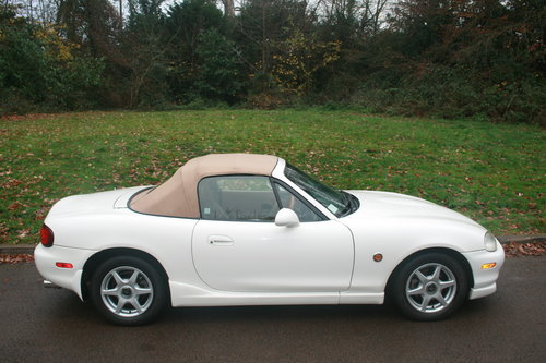 1998 Mazda Roadster 1.8i 6 Speed.. Rare VS Spec.. Immaculate SOLD (picture 6 of 6)