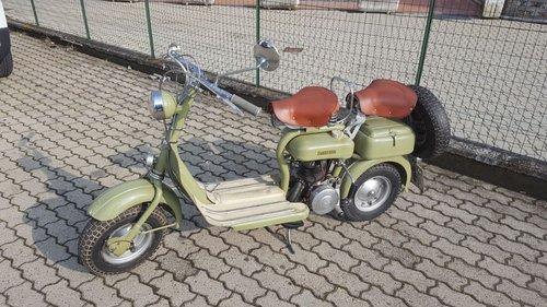 1952 lambretta SOLD (picture 1 of 3)