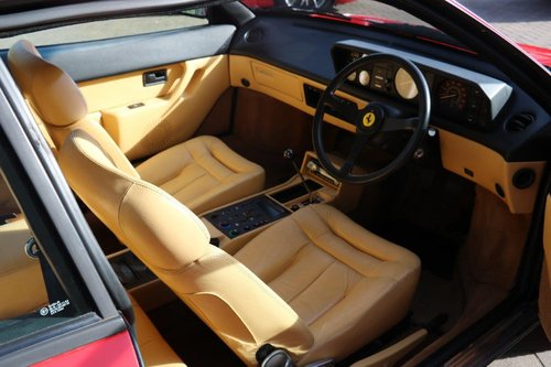 1988 Ferrari 3.2 Mondial QV For Sale (picture 4 of 6)