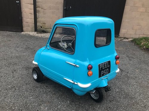 PEEL P50 MICROCAR IN BLUE ** NEW BUILD SIMPLY STUNNING! ** SOLD (picture 3 of 6)