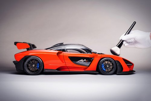 2018 SCALE MODEL 1:8 - MCLAREN SENNA For Sale (picture 6 of 6)