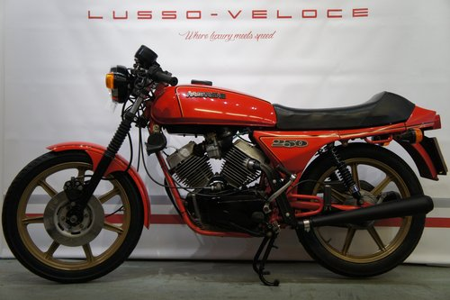1981 Moto Morini 250 2C low miles, lightweight  For Sale (picture 2 of 6)
