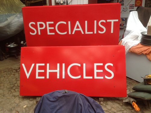 Illuminated Sign Set - 'SPECIALIST VEHICLES ' For Sale (picture 1 of 3)