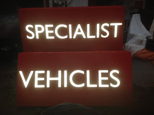 Illuminated Sign Set - 'SPECIALIST VEHICLES ' For Sale (picture 2 of 3)