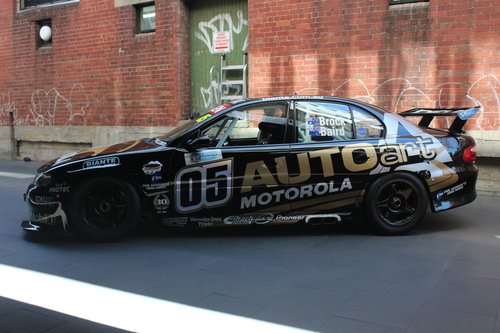 2000 BROCK/BAIRD AUTOART COMMODORE VX SOLD (picture 3 of 6)