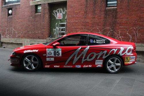 2002 Holden Monaro CV8 SOLD (picture 3 of 6)