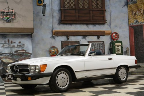 1988 Mercedes-Benz 560 SL Cabrio For Sale (picture 1 of 6)