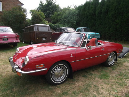 1970  Fiat 850 Spider Sport Convertible, Soft and Hard Top, LHD  SOLD (picture 3 of 6)