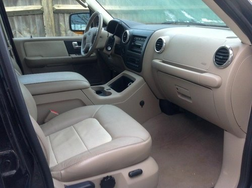 2004 ford expedition 4x4 eddy buaer 8 seater  For Sale (picture 4 of 6)
