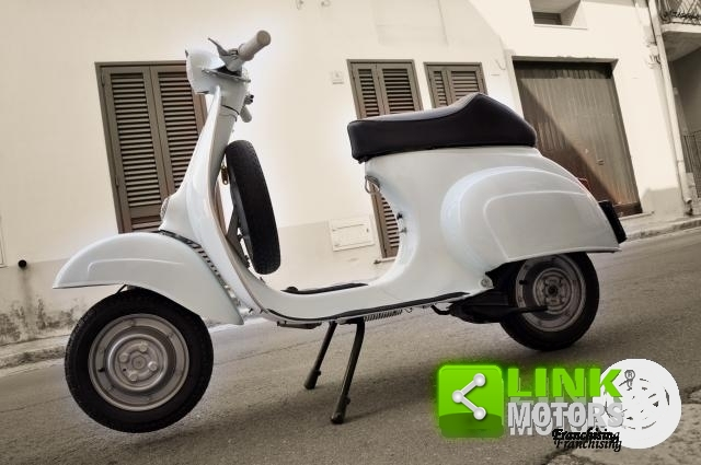 1970 VESPA V51AT COMPLETAMENTE RESTAURATA For Sale (picture 4 of 6)