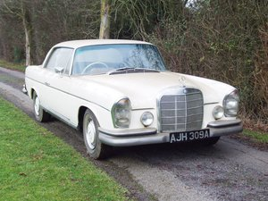 1961 1964 Mercedes-Benz 220 SE: 16 Feb 2019 For Sale by Auction