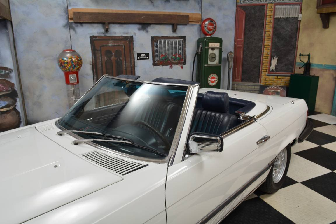 1983 Mercedes-Benz 380 SL Convertible For Sale (picture 4 of 6)