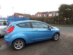 2011 61 PLATE FORD FIESTA 1250cc 3 DOOR 5 SPEED 69,000 MILES  For Sale