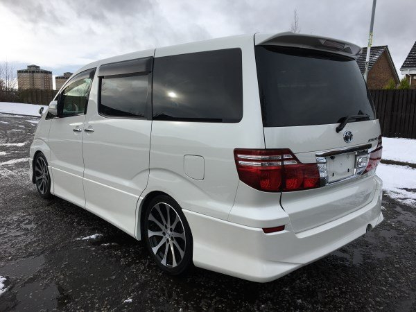 Toyota Alphard 2006 Fresh Import 2.4 V Edition 2WD 8 Seats For Sale (picture 2 of 6)