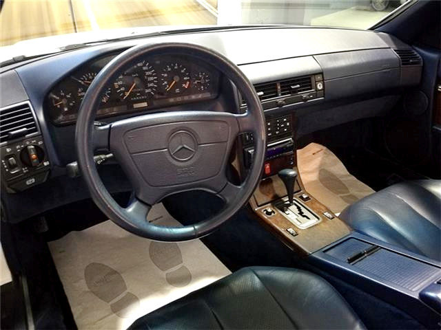 MERCEDES-BENZ SL 320 CAT (1994) For Sale (picture 4 of 6)