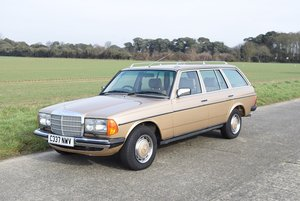 1985 Mercedes-Benz 230TE For Sale